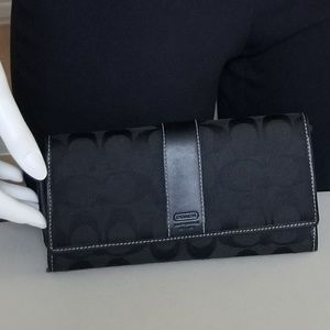 Nice COACH Wallet